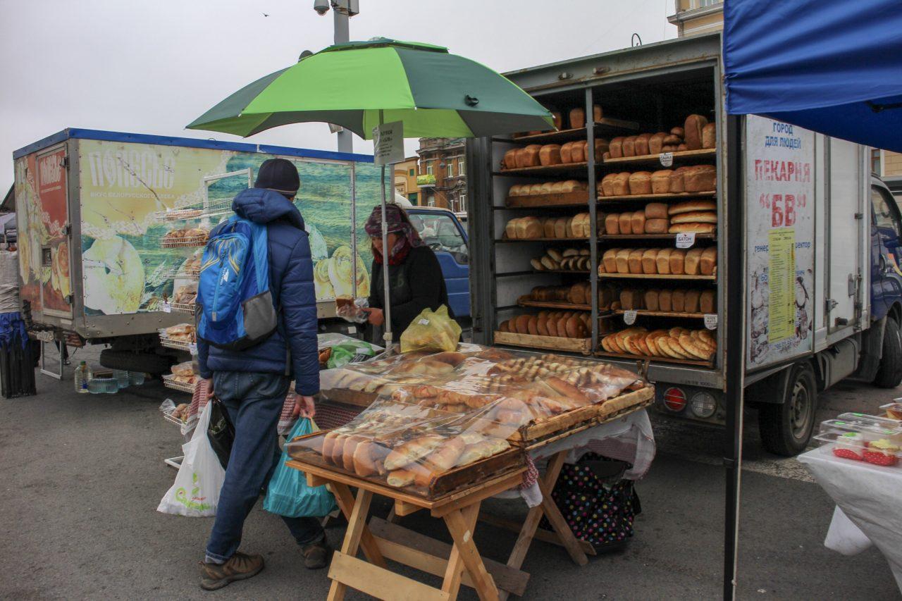 ウラジオストク中央広場のパン屋