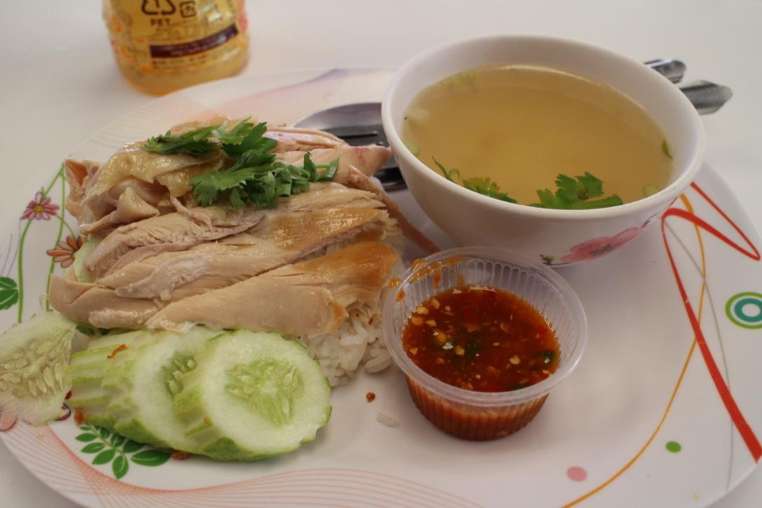 ワットサマーンで食べたカオマンガイ