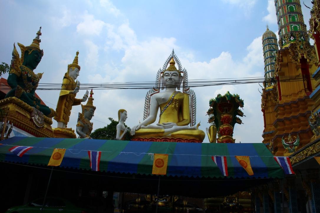 ワットクンヂャン仏像