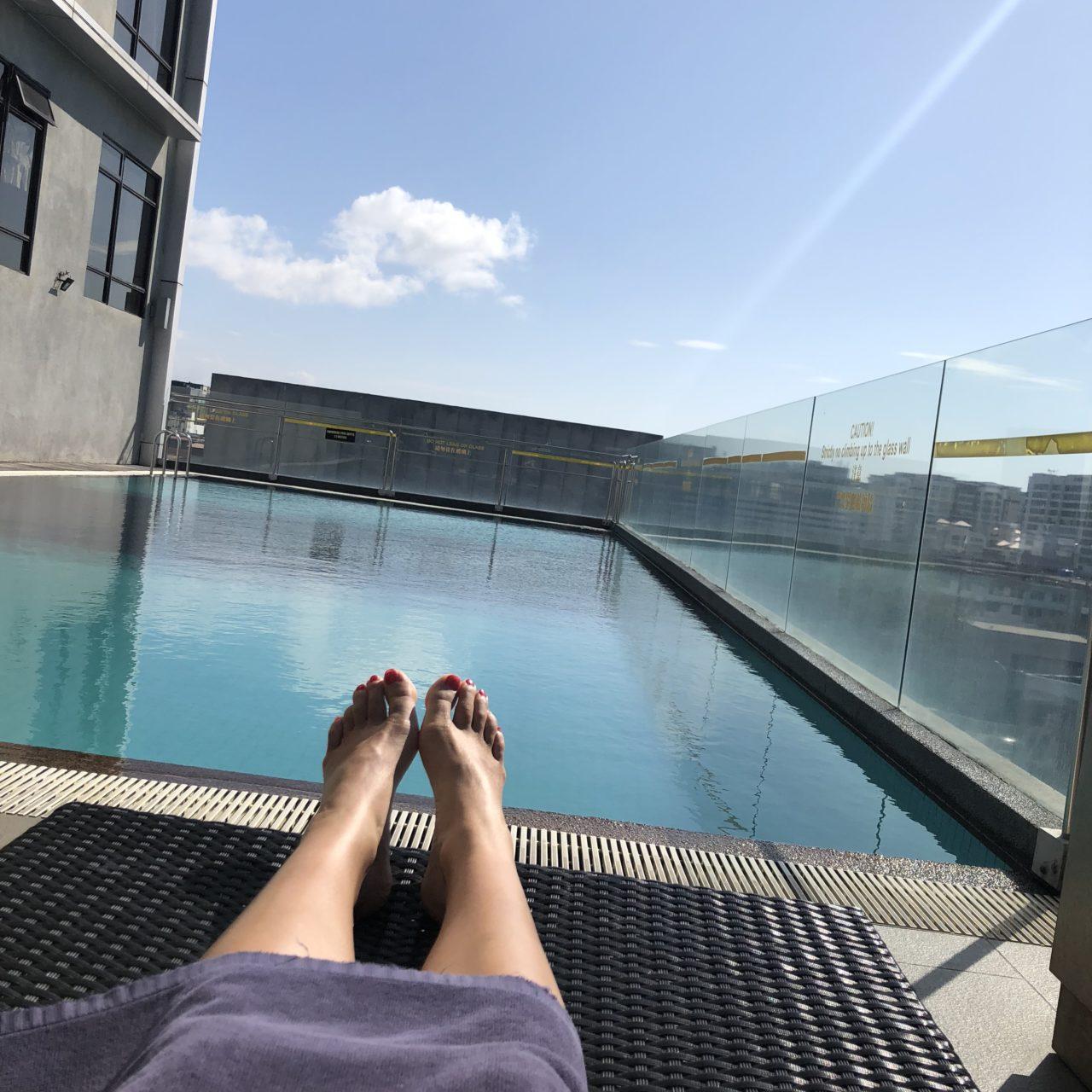 ホライゾンホテルのプール