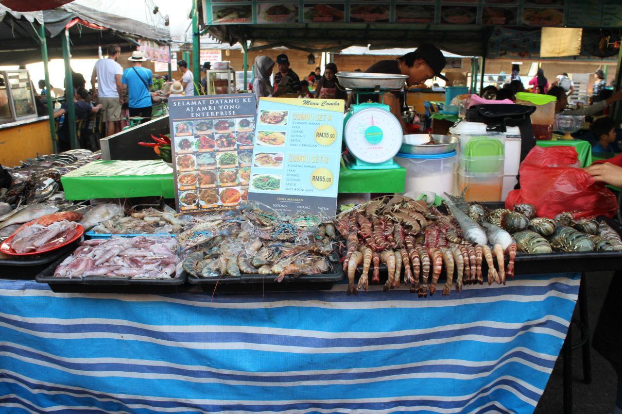 コタキナバルのナイトマーケット・シーフード