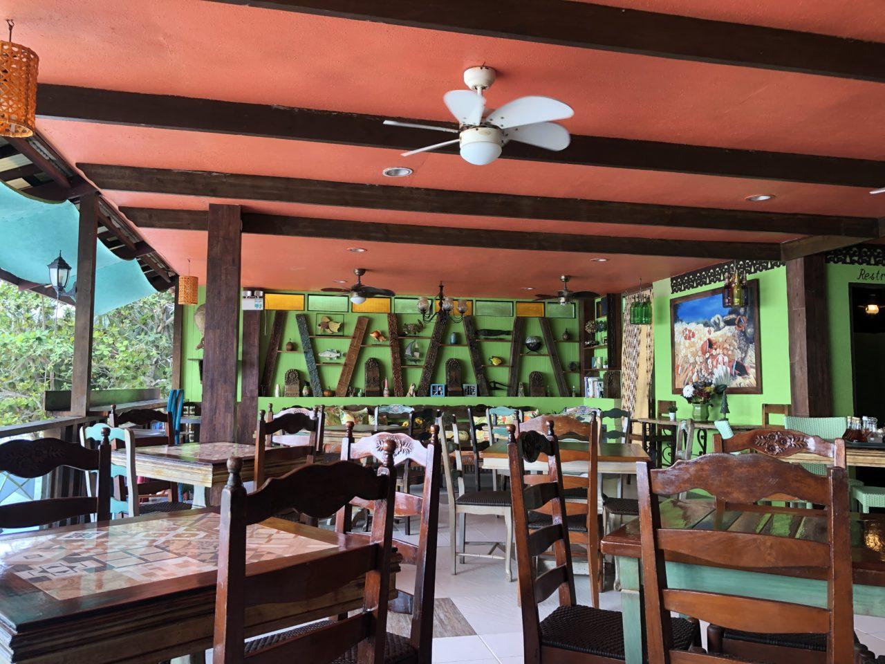 アロナビーチカフェ