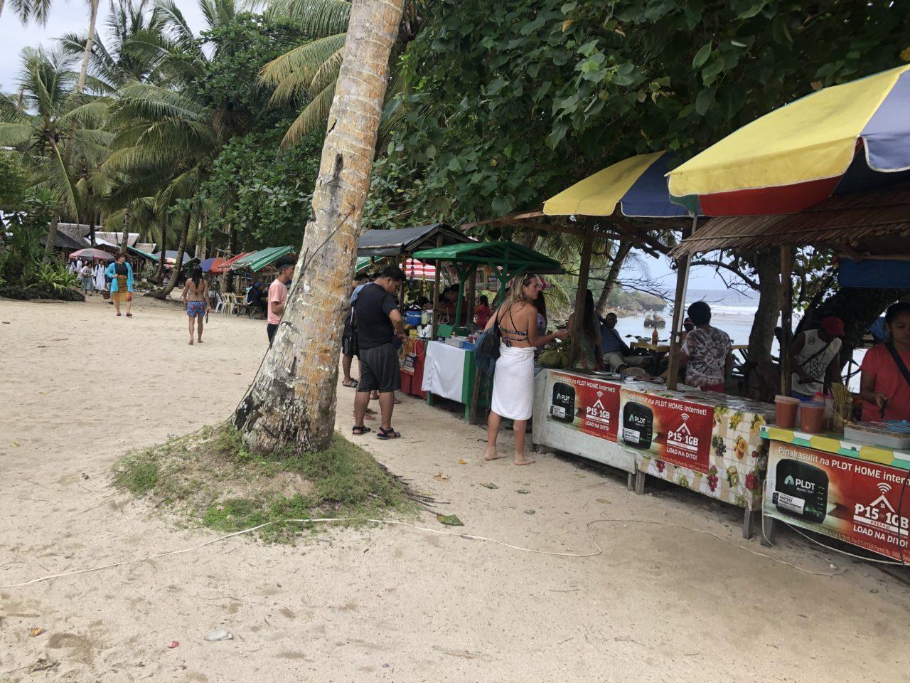 マグププンコビーチ食事