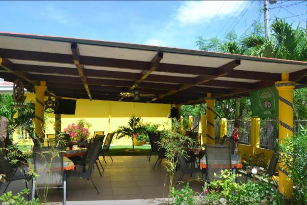 マラパスクアガーデンリゾートレストラン