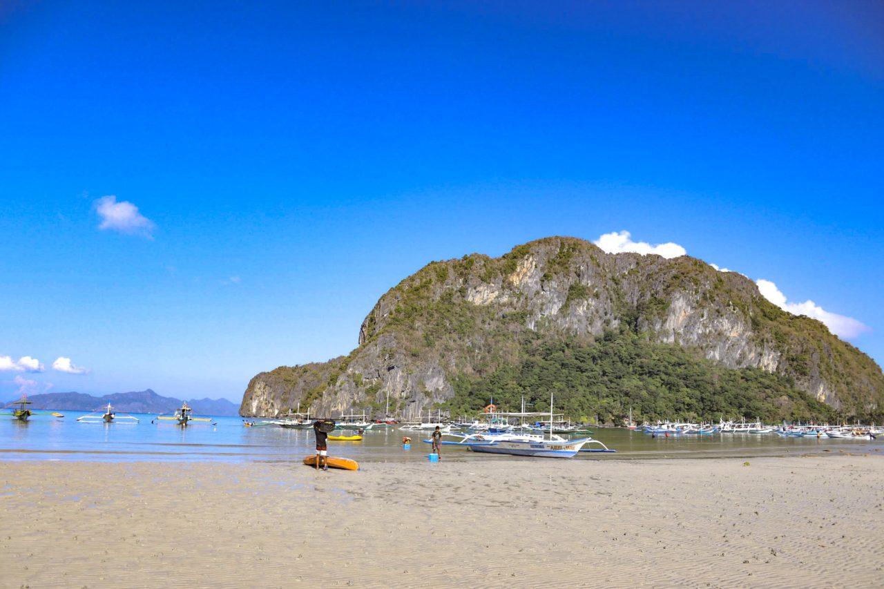 コロンコロンビーチ