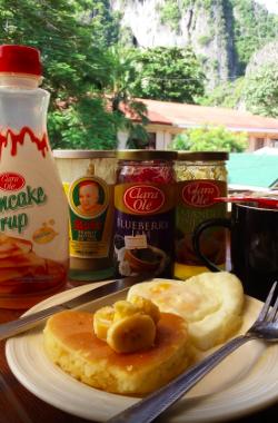 アワーメルティングポット・ホステル朝食