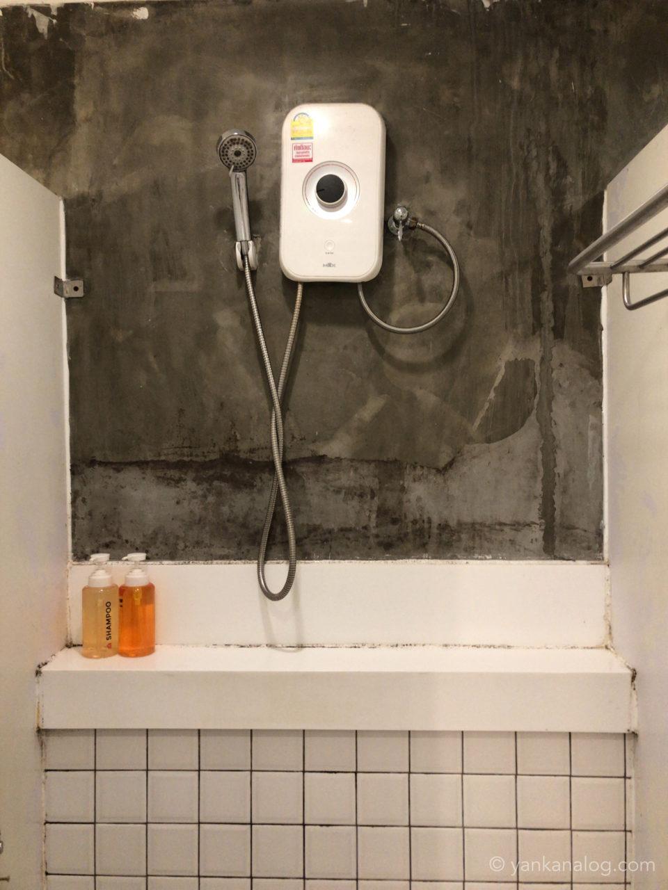 ムービーロッジのシャワールーム2
