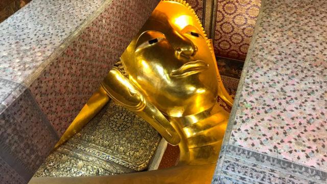 バンコクのワットポー寝釈迦像2