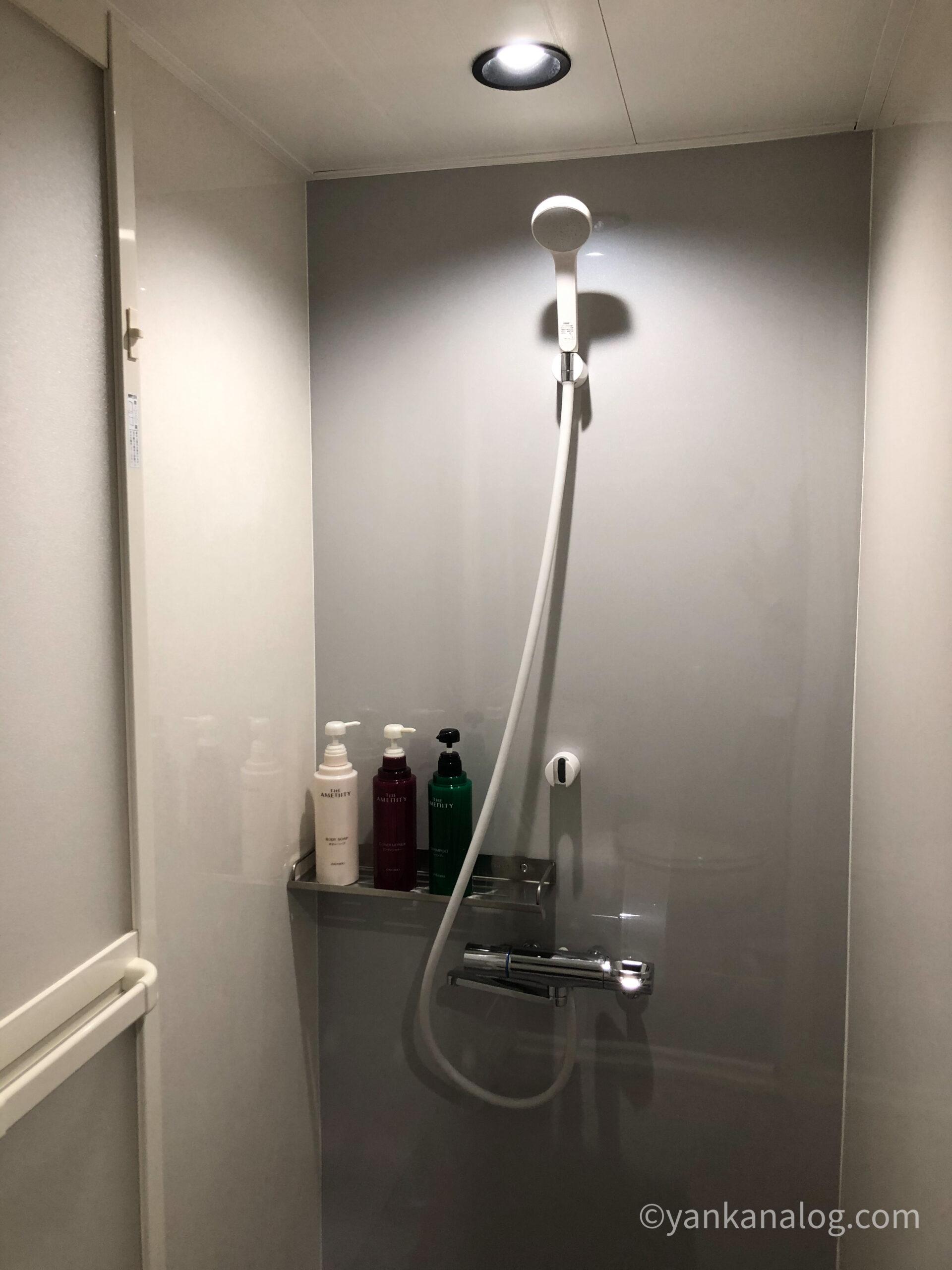 ファミリールーム沖縄シャワー